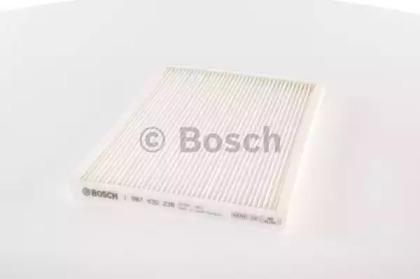 Запчасть 1987432236 BOSCH Фильтр воздушный MITSUBISHI (пр-во Bosch) фото